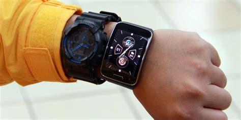 Jam Tangan Mini P020 5 samsung gear s smartphone yang melingkar di tangan