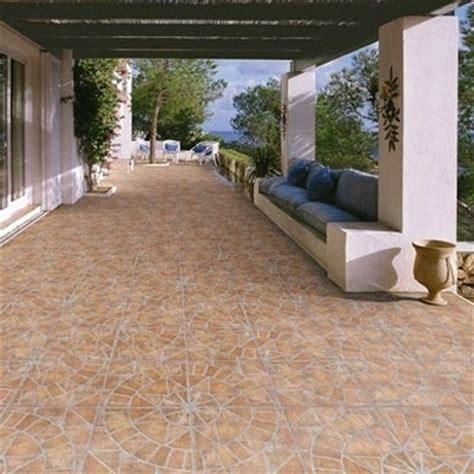 piastrelle per esterno prezzi piastrelle da giardino accessori da esterno piastrelle