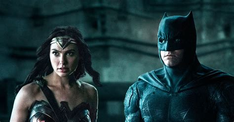 film animasi justice league justice league reading list 5 comics to check out now