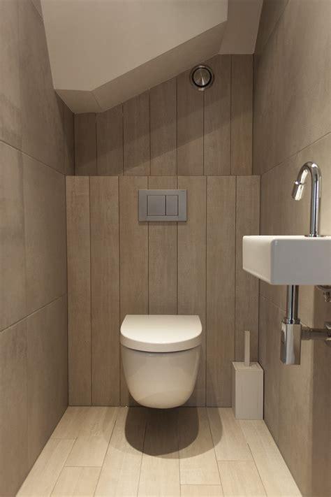 moderne toiletten moderne badkamer en toiletten sanitair tegels uitgeest