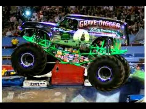 monster trucks grave digger bad to the bone grave digger bad to the bone youtube