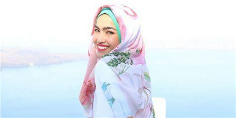 aktor tan ftv indosiar 7 artis terpopuler dari malaysia diana danielle julie