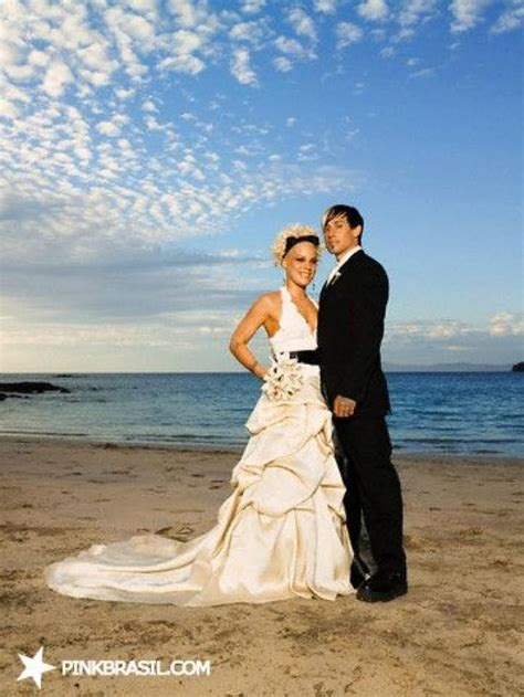 Wedding P by Wedding Pink And Carey Hart 2006 2069786