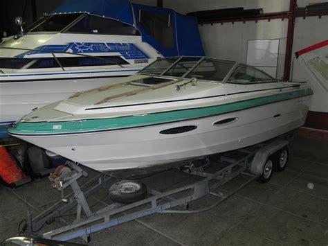 speedboot cuddy speedboot sea ray monaco cuddy cabin met slaa