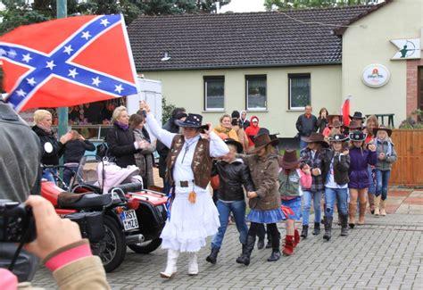 Triumph Motorrad Rostock by 10 Zweirad Oldtimertreff 2009 In Tessin Bei Rostock In