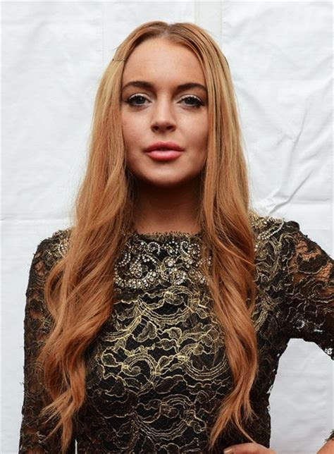 lindsay lohan with medium ash blonde hair very long and curly source hairstyles7 net lindsay lohan hair styles for long hair popular haircuts
