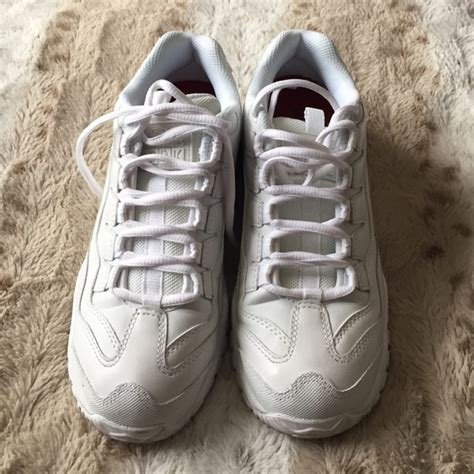 hooters shoes 69 skechers shoes sketchers for work slip resistant