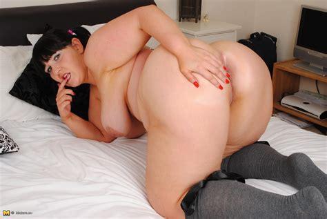 Horny british Big Breasted Mature Slut Having sex Alone Mature Wild Moms Mature Moms Goes