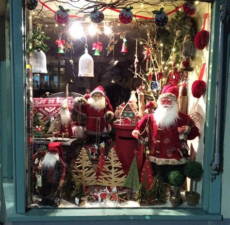 the best christmas window display competition 2015