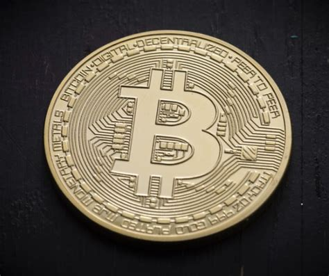 How To Invest In Bitcoin Stock - how to invest in bitcoin cryptocurrencies through stocks