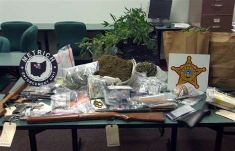 Ogle County Warrant Search Two Arrested Near Crestline Pot Cocaine Guns And Seized County Now