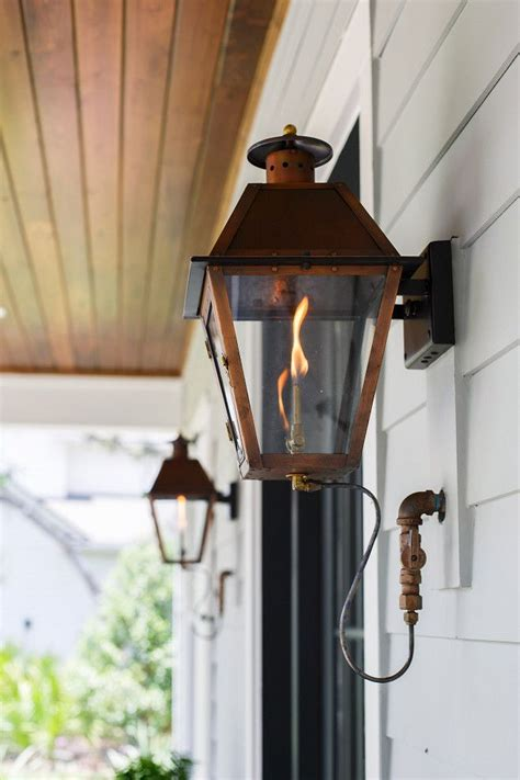 Gas Porch Light by 25 Best Ideas About Gas Lanterns On Exterior