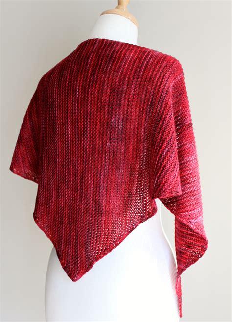 pattern triangle scarf free knitting patterns truly triangular scarf leah