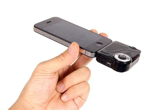 iphone projector mini projector for iphone and ipod touch gadgetsin