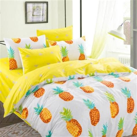 Twin Size Pineapple Print Bedding Set 4pcs Includes 1x Pineapple Bed Set