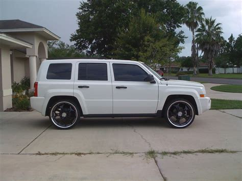 white jeep patriot with white rims jeep patriot