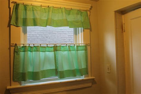 make cafe curtains cafe curtains 183 how to make a curtain blinds 183 sewing on