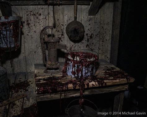 haunted house attractions 31 truly freaky haunted houses and halloween attractions
