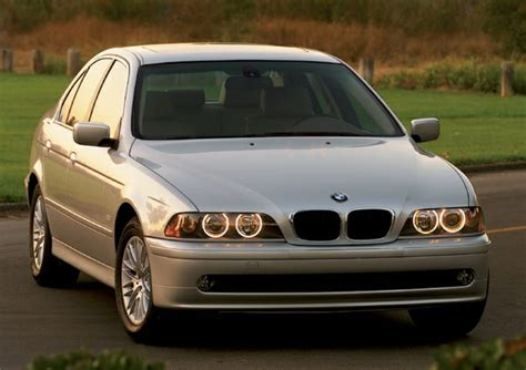 where to buy car manuals 2002 bmw 525 interior lighting 2002 bmw 525 specs pictures trims colors cars com