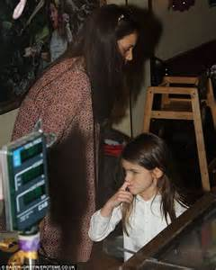 Tom And Throw A Tea For Suri by Cake And It Suri Cruise Gets Spoiled By