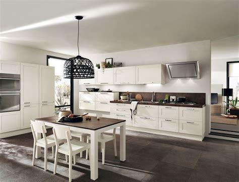 cucine in legno moderne cucine in legno tradizionali country o moderne cose di