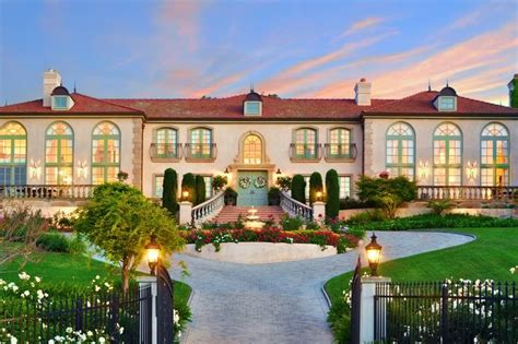 design a mansion versailles on the hill grand mansion with family warmth