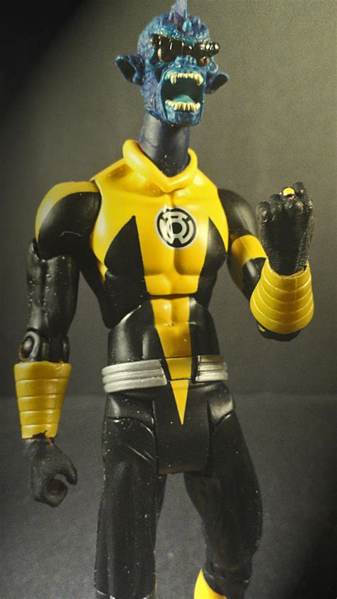 in color dc lineup yellow sinestro lantern corp customs the toyark news