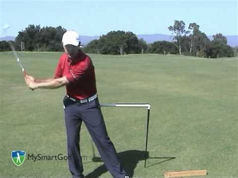 hip turn golf swing golf instruction from mysmartgolf hip turn youtube