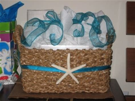 do it yourself bridal shower gift baskets diy bridal shower gift basket and prizes pics weddings do it yourself wedding
