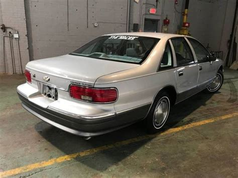 how petrol cars work 1993 chevrolet caprice classic free book repair manuals 1993 chevrolet caprice base 4dr sedan automatic 4 speed