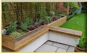 raised garden bed with bench seating raised flower beds with seating gardening