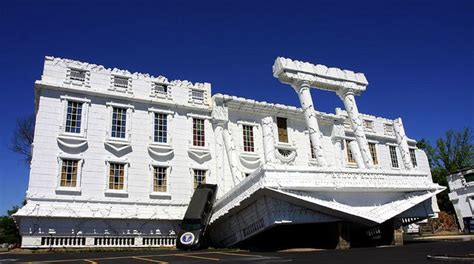 upside down house wisconsin dells top secret upside down white house wisconsin dells