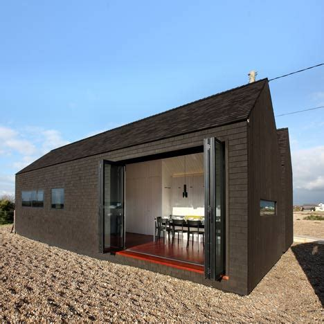 shingle houses shingle house by nord architecture dezeen