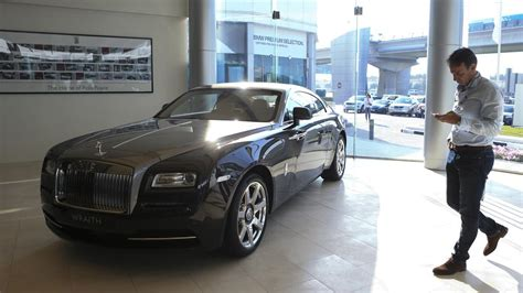 rolls royce dealership dubai s rolls royce dealership overtakes abu dhabi s to