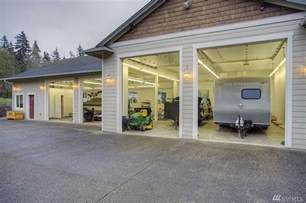 Three Car Garage Lighting Beautiful Custom 3 Bedroom Rambler W 3 Car Garage