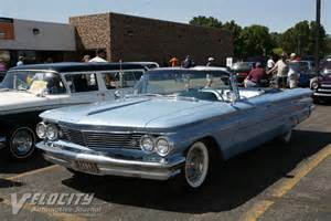 1960 Pontiac Bonneville 1960 Pontiac Bonneville Related Infomation Specifications