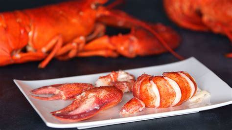video the best way to cook and shell a lobster martha stewart
