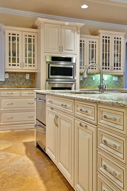 traditional kitchen by teri turan paint pick tapestry beige oc 32 by benjamin moore kitchen teri turan