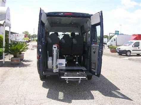 auto con pedana per disabili noleggio veicoli adattati per i disabili disabili