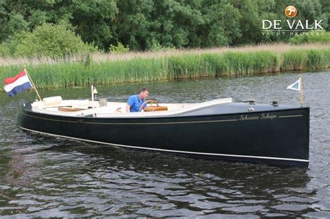 sloep te koop notaris sloep motor yacht for sale de valk yacht broker