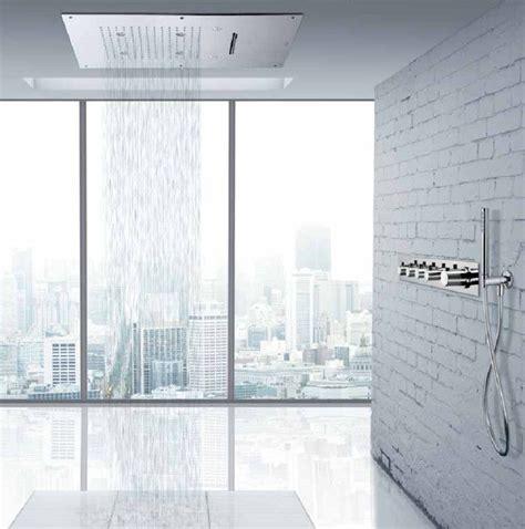 cambiare vasca con doccia quot vasca doccia quot sostituisci o trasforma la vasca da bagno