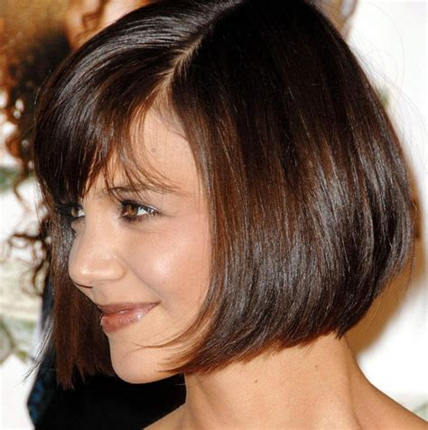cutting thin hair into a wedge side view of cute short wedge bob hairstyle styles weekly