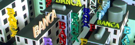 immagini banche quattro banche stanno per fallire il foglio