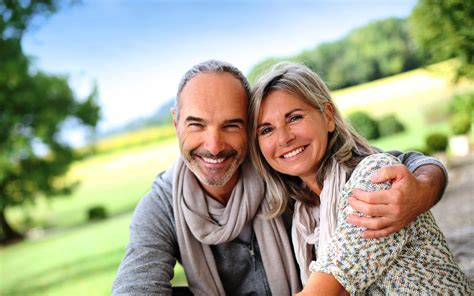 A Couples Of Oldest And Happy Wallpapers New Hd