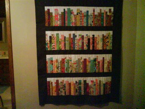 quilt pattern bookshelf bookshelf quilt by diannemc from the quilitngboard com