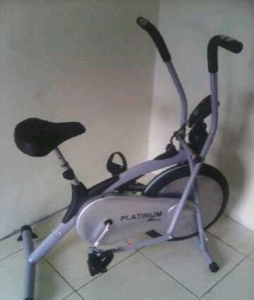 Alat Fitnes Bfit Alat Fitnes Olahraga Sepeda Statis Platinum Bike Sepeadh Kebugaran Bfit Lejel
