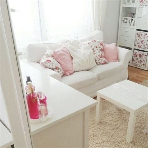 girly couches 1000 ideas about ikea settees on pinterest tall white