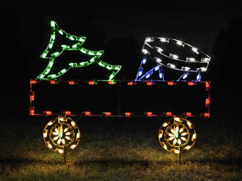a large collection of outdoor christmas light displays 5