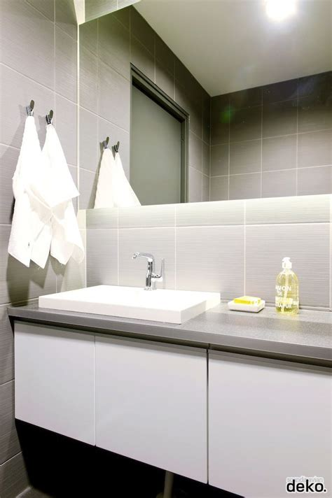 White Bathroom Cabinet With Towel Bar by Bathroom Cabinets Smart White Bathroom Cabinet With