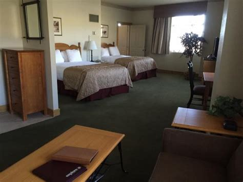 2 bedroom suites in colorado springs large two bedroom suite picture of the steamboat grand